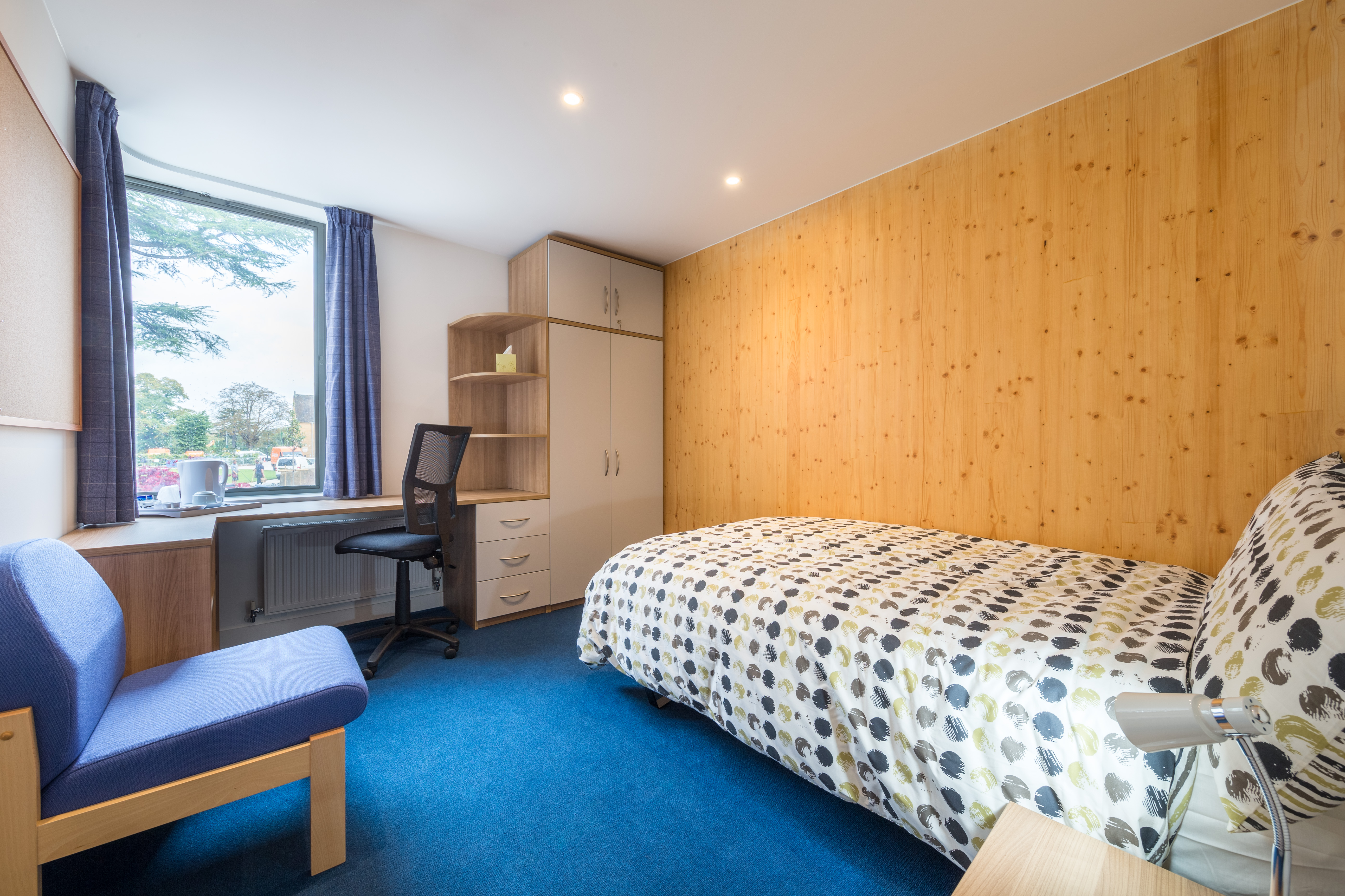 A bedroom in the Hands Building at Mansfield College